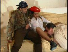 8455 - Des gros sexe dans la chatte d'une libertine
