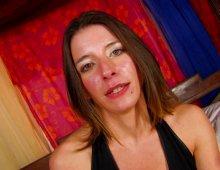 9155 - La salope de Rouen aime la sodomie en levrette