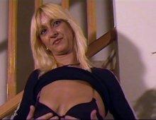 9322 - Casting jolie blonde timide à grosse poitrine