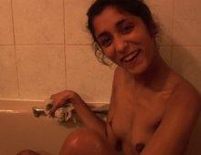 11427 - Une femme en lingerie ultra sexy