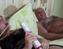 12835 - Femme à gros seins sodomisée sous la douche