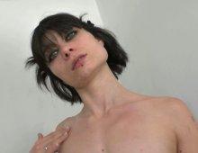 13123 - Femme nymphomane folle de cul