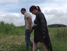 13239 - De la baise hard dans un champ de maïs