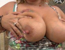13321 - Femme à gros seins se fait limer le fion