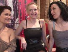 13793 - Trois nymphettes nymphos en vidéo