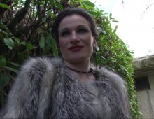 13867 - Gorge profonde et sodomie bestiale en vidéo