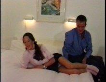 14705 - Une étudiante sexy baise à l'hôtel avec son prof