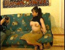14843 - Femme à gros seins nous offre une belle surprise