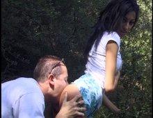 16928 - Porno vintage d'une baise en forêt