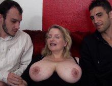 17386 - Cougar à gros seins naturels gourmande de sexe