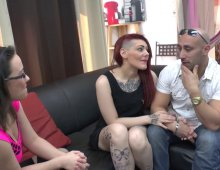 17868 - Femme tatouée sodomisée pendant un casting X