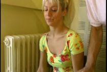 24244 210x142 - Casting porno avec une belle coquine blonde