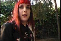 24472 210x142 - Sonia une gothique bourrée dans un porno amateur