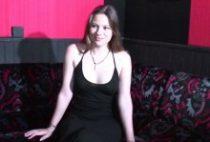 25793 210x142 - Lisa Rose défoncée dans un club privé
