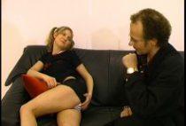 25885 210x142 - Un prof de français aime baiser avec des étudiantes