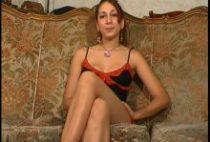 25923 210x142 - Iris petite salope tringlée dans un porno