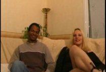 25971 210x142 - Deux blondes pour un black sodomite