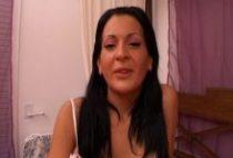 26365 210x142 - Radieuse brunette dans une scène hard