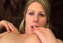 26623 210x142 - Casting d'une blonde qui a tout pour plaire
