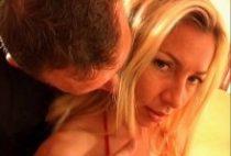 26699 210x142 - Magnifique blondasse se tape un mec sportif