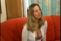 26785 210x142 - Femme facile baisée chaudement dans un casting X