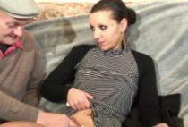 26837 210x142 - Jolie brunette se fait gang banguer chez papy