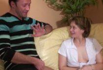26871 210x142 - Elle se fait arroser de sperme après une sodomie énorme
