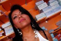 27445 210x142 - Jeune actrice brunette dans une scène très anale