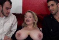 28389 210x142 - Carola cochonne aux grosses mamelles bien baisée