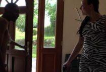 28421 210x142 - Natacha se branle la chatte avant une sodomie