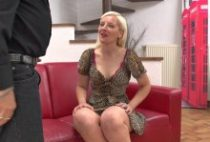 28463 210x142 - Ladypam belle mature se tape la queue d'un Casteur