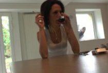 28497 210x142 - Jessica se fait tringler par un pervers