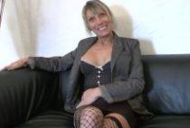 29001 210x142 - Une Cougar baise avec un jeune dans un casting X