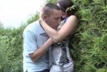 29289 210x142 - Il invite deux potes à baiser sa meuf