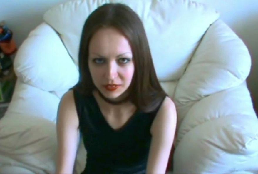 1480 1 - Jeune amatrice Française sodomisée par la grosse bite de son copain