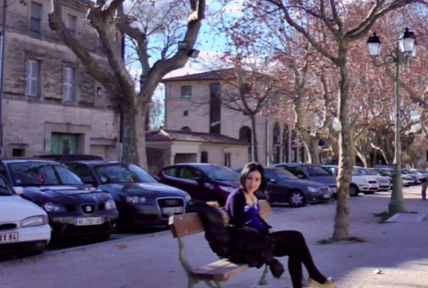 2742 1 - Esthéticienne cochonne d'Avignon