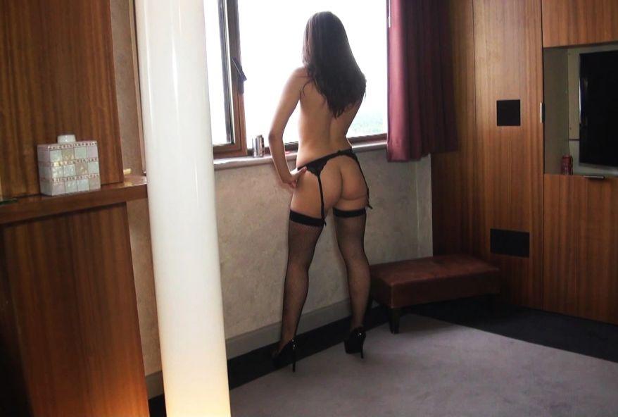 2894 1 - Vidéo gang-bang hard pour Lola de Montpellier