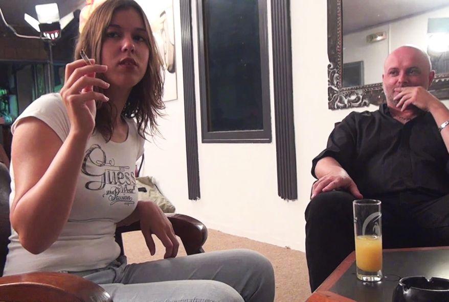 2976 1 - Vidéo salope baise deux mecs BM