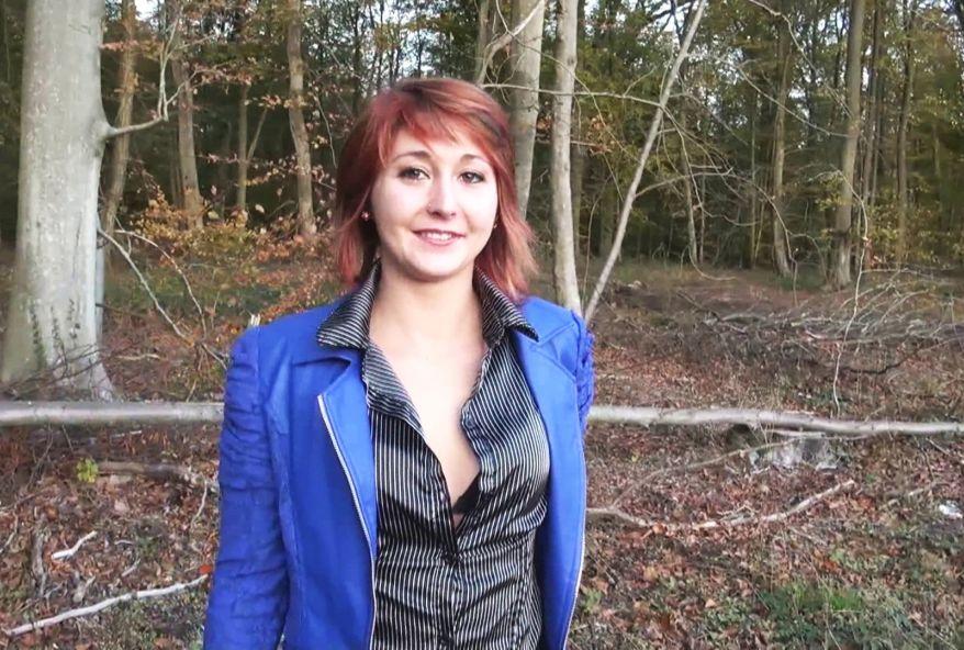 3183 1 - Falona, championne de la baise en forêt