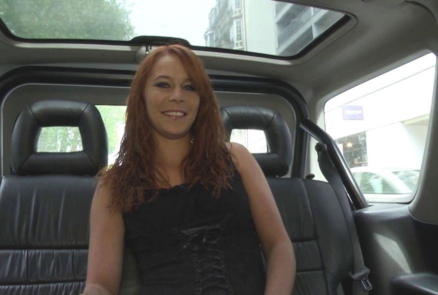 3500 1 - Salope de Montpellier baisée en voiture