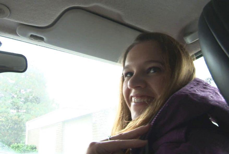 3714 1 - Suzie, jeune étudiante salope en vacance