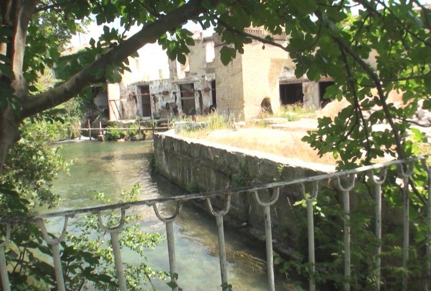 4005 1 - Jeune salope brune de Perpignan