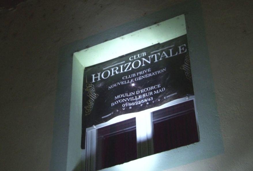 4324 1 - Club libertin Horizontale à Bayonville-sur-Mad