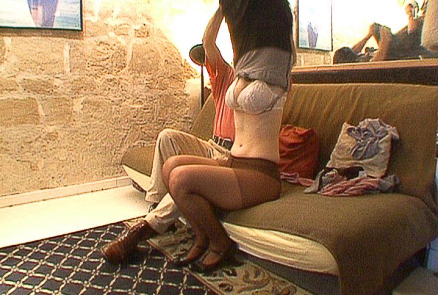 465 1 - Fille amatrice soumise à gros seins