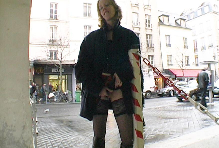 527 1 - Premier porno de Lilie