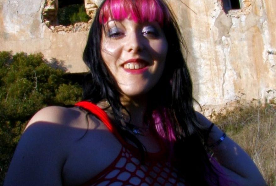 939 1 - Cochonne d'Avignon se fait baiser sous le pont