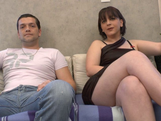 1271 1 - Cassandra et sébastien se lancent dans le porno amateur
