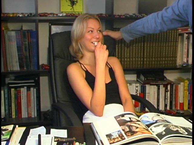 168 1 - Olga trsè jolie blonde baise avec son prof