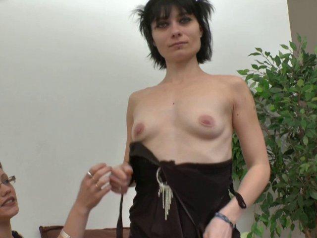 2894 1 - Dépucelage anal de Mandy