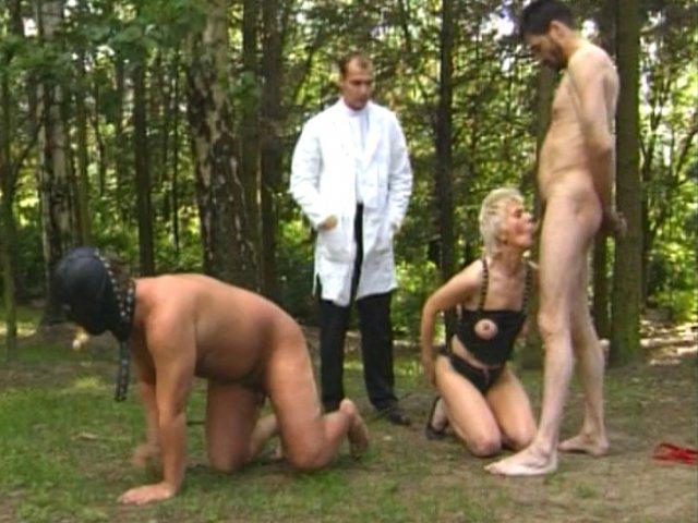3 1 - Thérapie de couple pour un esclave et sa maitresse